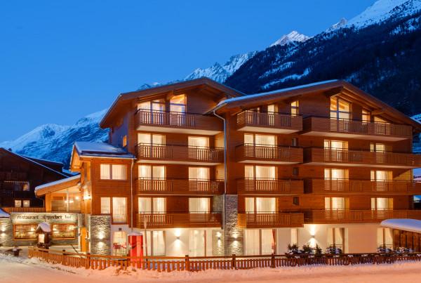 hotel aristella night 001